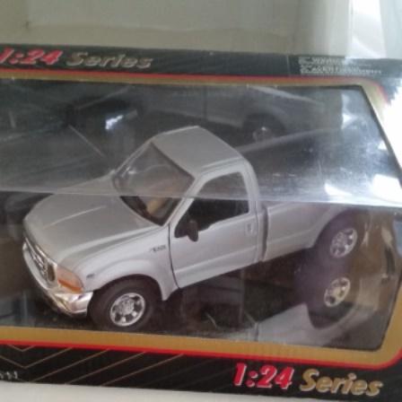 Maisto, Ford, F350, 1:24 series